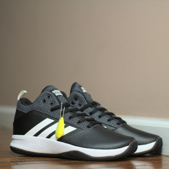 23587efadfae Adidas Men s Basketball Shoes DA9872